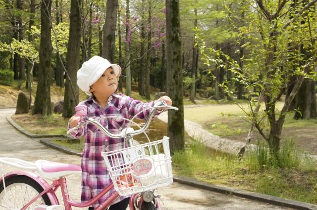 自転車と子ども